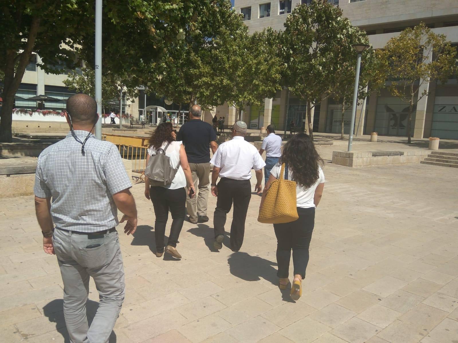 עם מנהלי הנכסים של קבוצת הבינלאומי